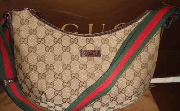 Gucci Sling bag - SOLD