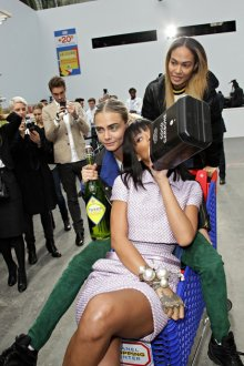 FAMEFLYNET - Celebrities Have Fun In Chanels Supermarket At Paris Fashion Week